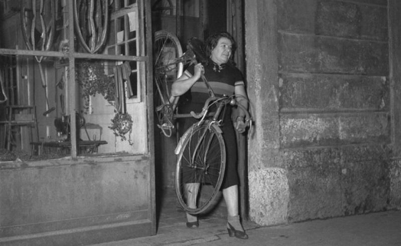 Alfonsina strada a Milano negli anni '50