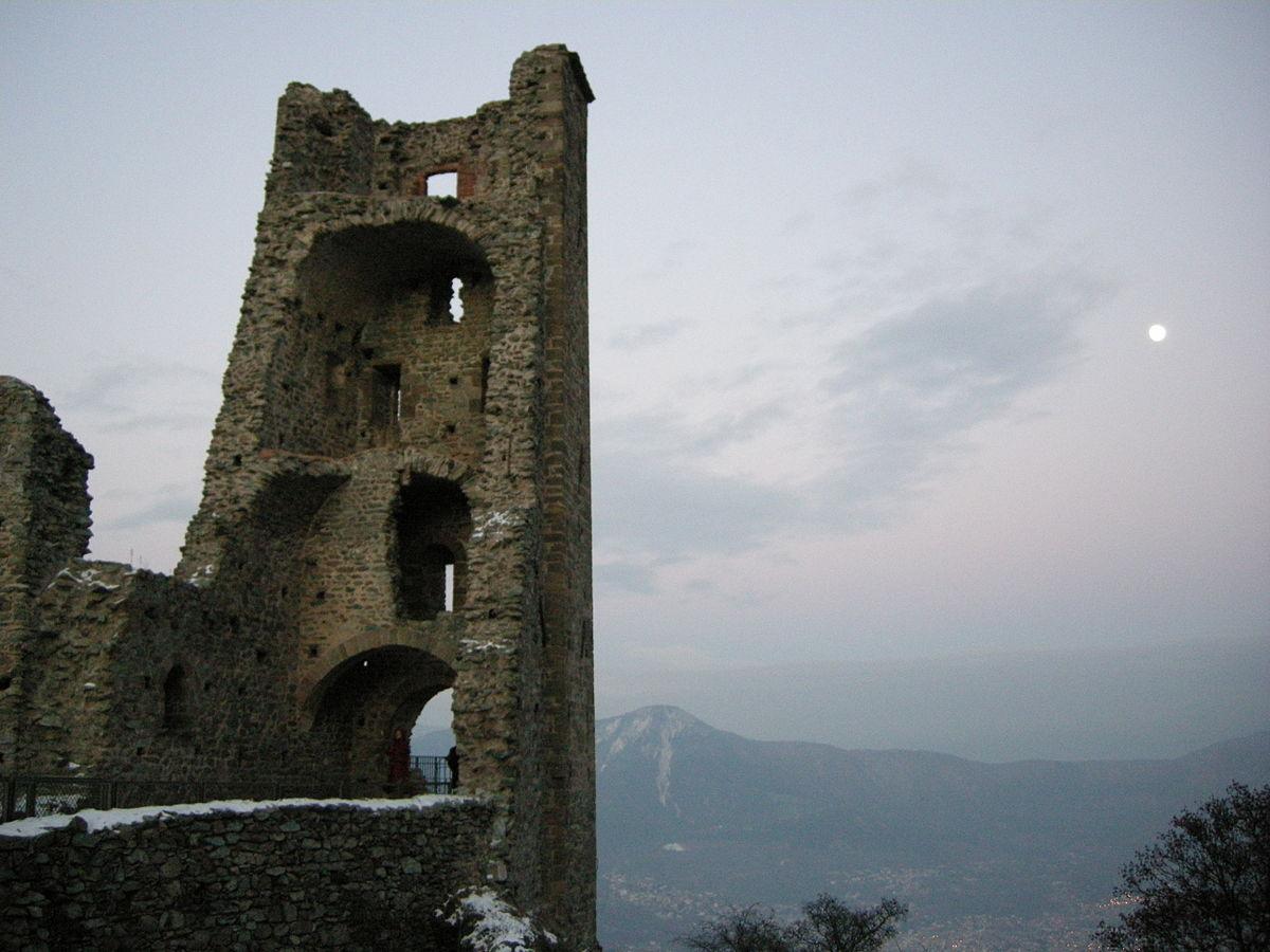 Sacra_di_san_michele_12.1_torre_della_bell'alda