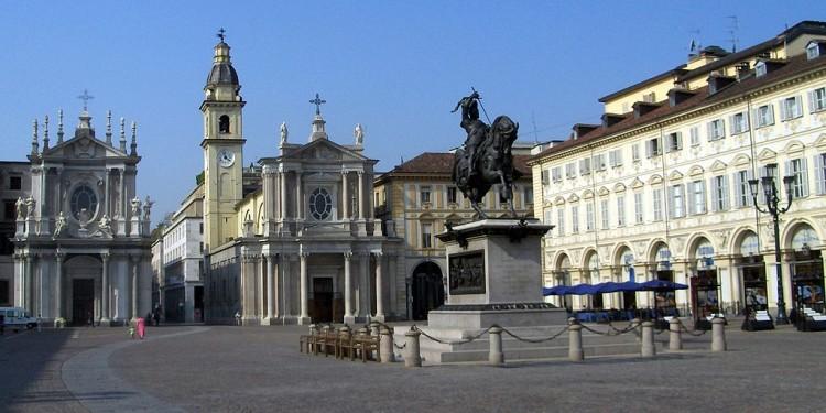 1024px-Torino_-_Piazza_San_Carlo