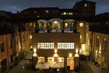 piazza_dei_mestieri_night-1