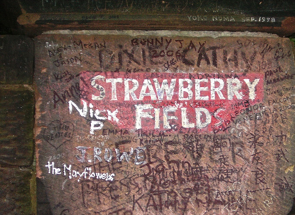 1280px-Strawberry_fields_liverpool