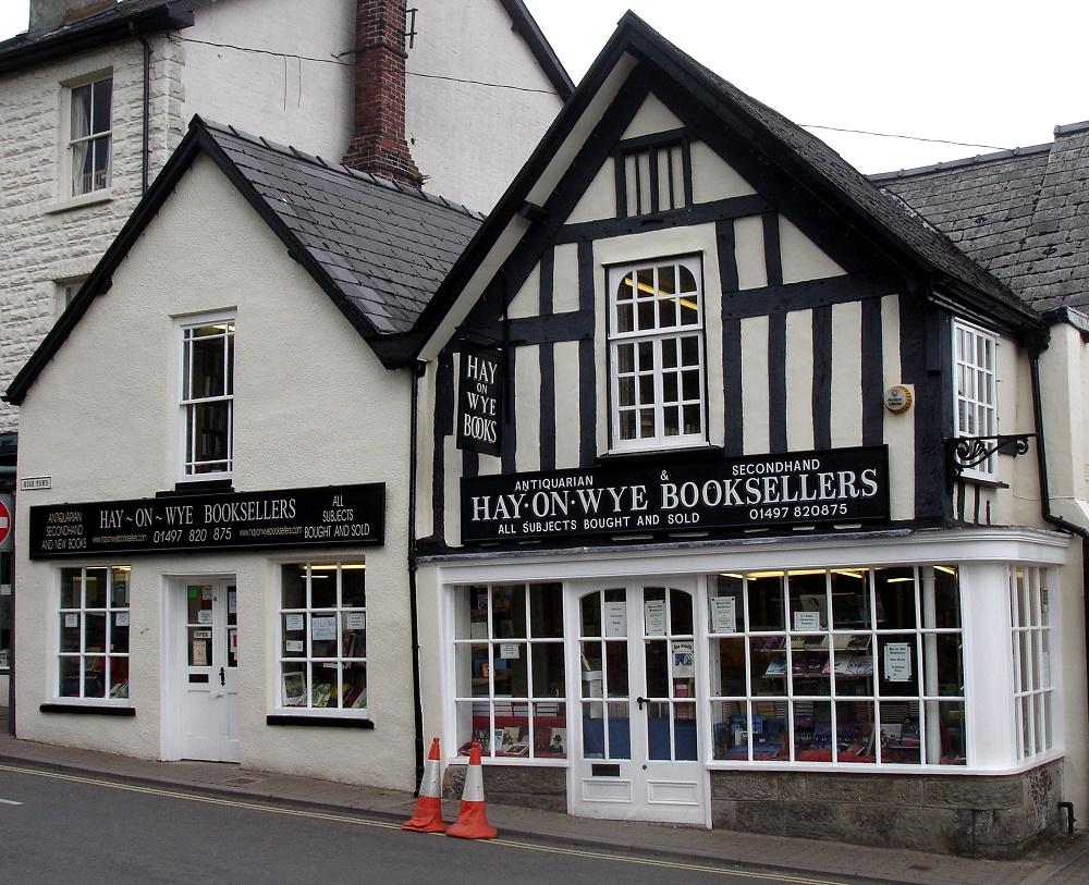 Hay-on-Wye_Book-Shops_06