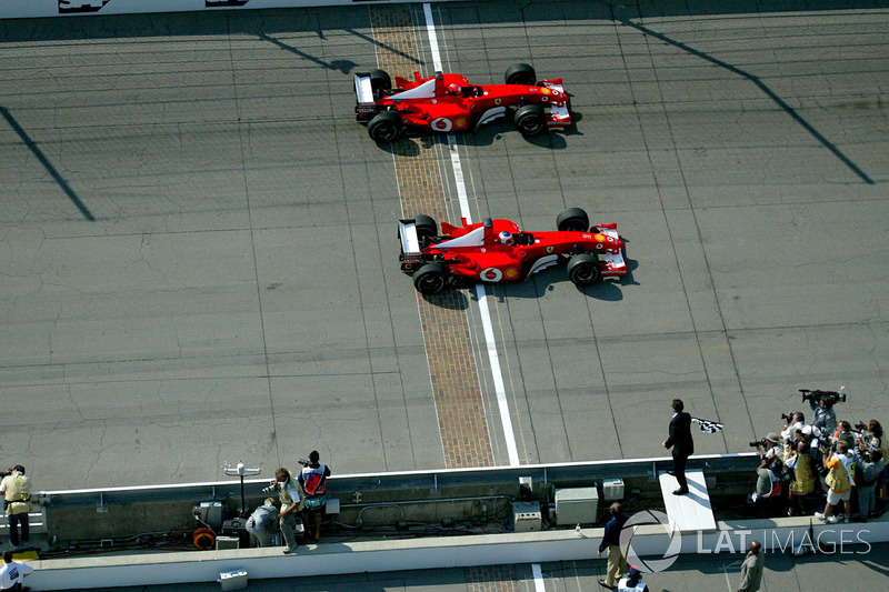 f1-united-states-gp-2002-rubens-barrichello-ferrari-f2002-past-michael-schumacher-ferrari